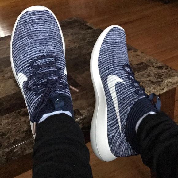 dce9d265afa7 Nike Roshe Two Flyknit Sneakers